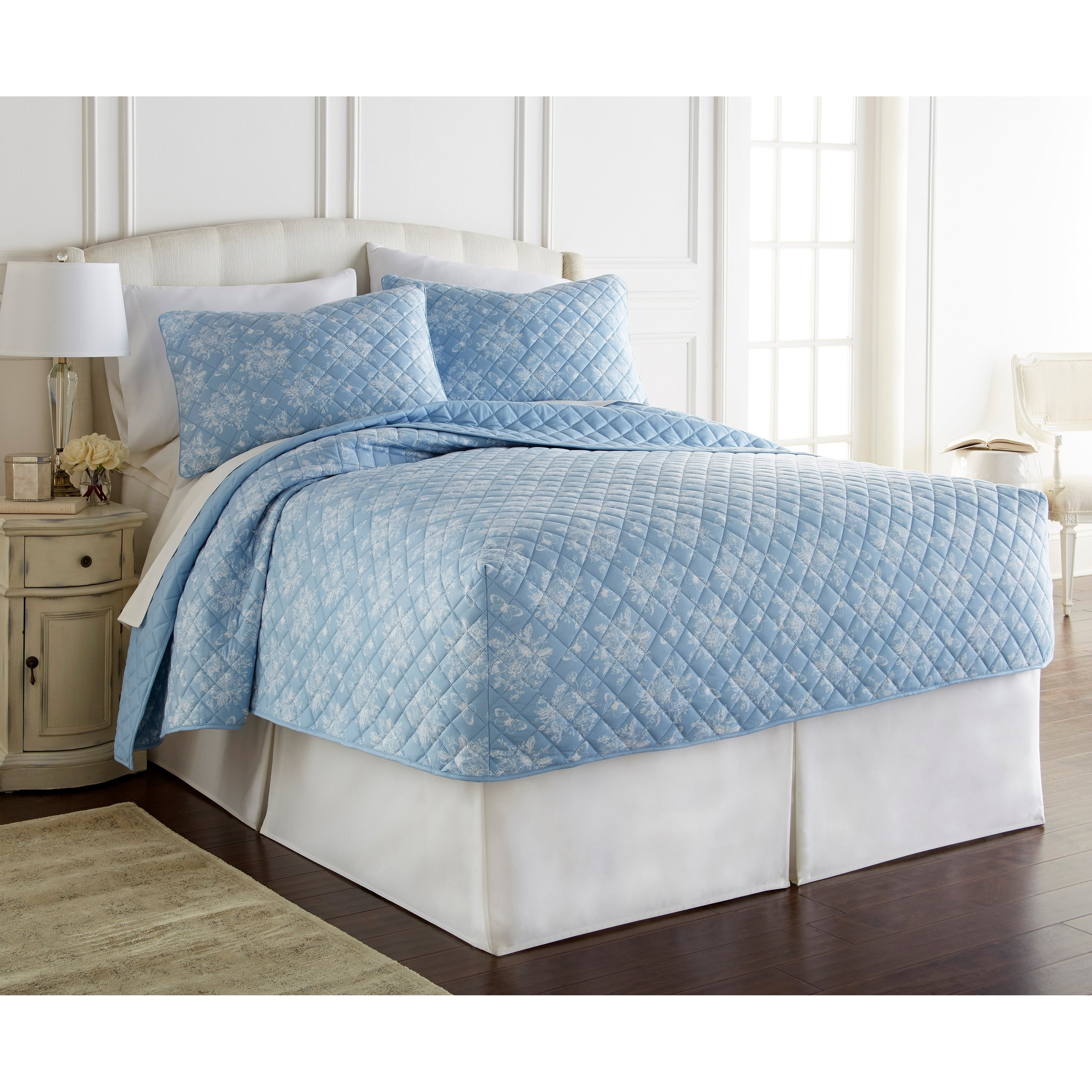 Micro Flannel Toile Fitted Quilt Set Overstock 21976176
