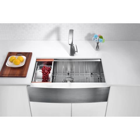 ANZZI Aegis Farmhouse 33 in. Single Bowl Kitchen Sink with Cutting Board and Colander