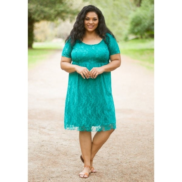 Women's Plus Size Scoop Neck Cocktail Lace Dress -Made in USA