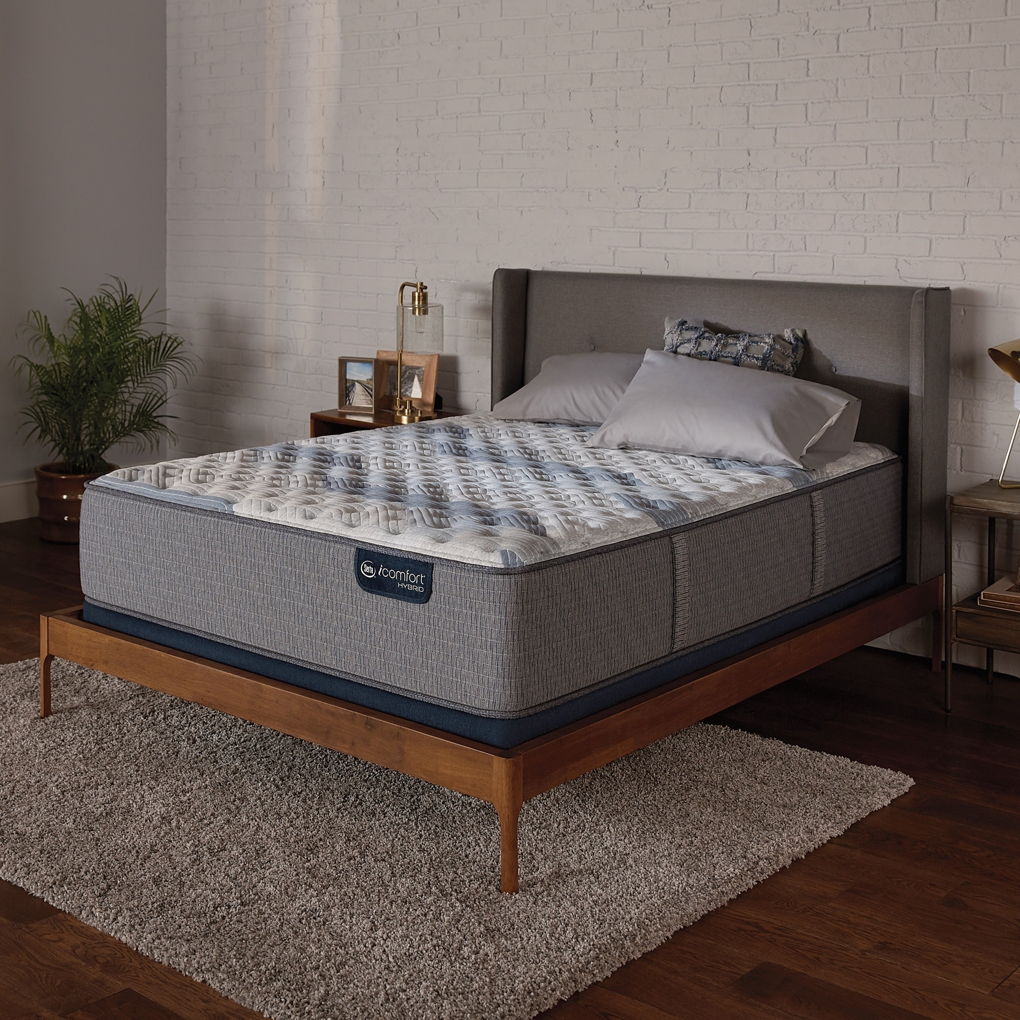 Attrayant IComfort Hybrid Blue Fusion 500 14 Inch Extra Firm Full Size Mattress Set