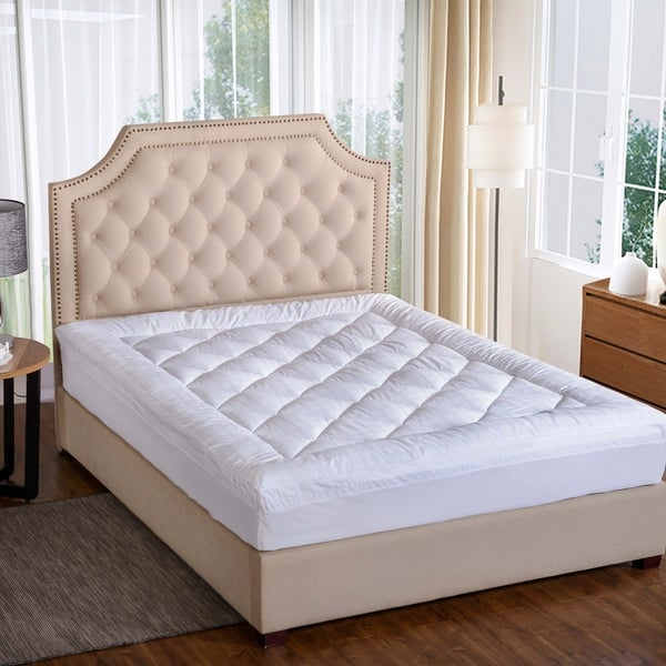 St. James Home Ultra 450 Thread Count Mattress Pad in White