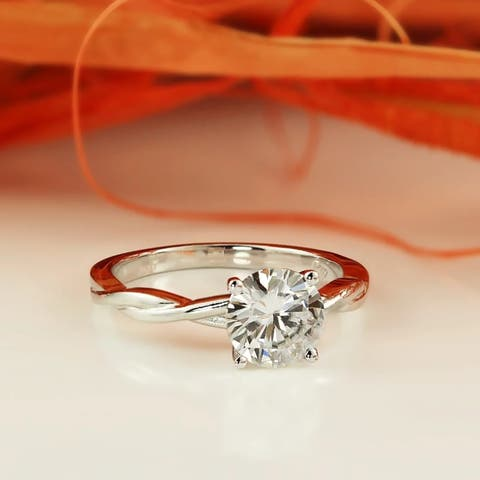 Auriya Twisted 1ct Round Brilliant Solitaire Moissanite Engagement Ring 14K Gold