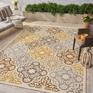 Winnett Indoor/ Outdoor Floral 8 x 11 Area Rug by Christopher Knight Home