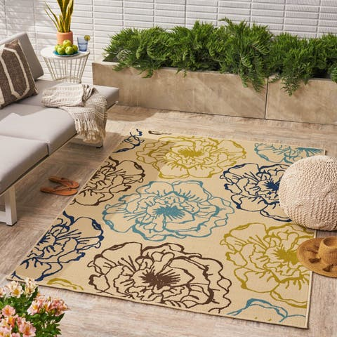 Adley Indoor/ Outdoor Floral Area Rug by Christopher Knight Home - 5'X8'