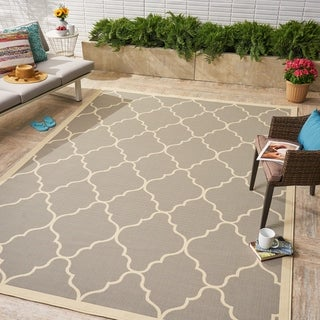 Barrett Indoor/ Outdoor Geometric Area Rug by Christopher Knight Home