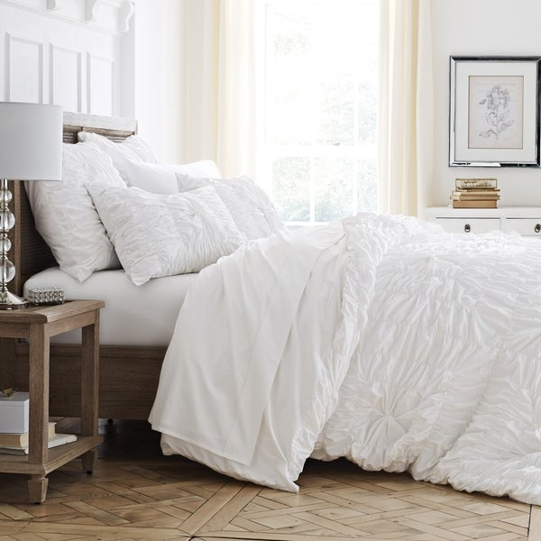 shop westpoint home style luxe white comforter set free shipping today overstock 22200514. Black Bedroom Furniture Sets. Home Design Ideas