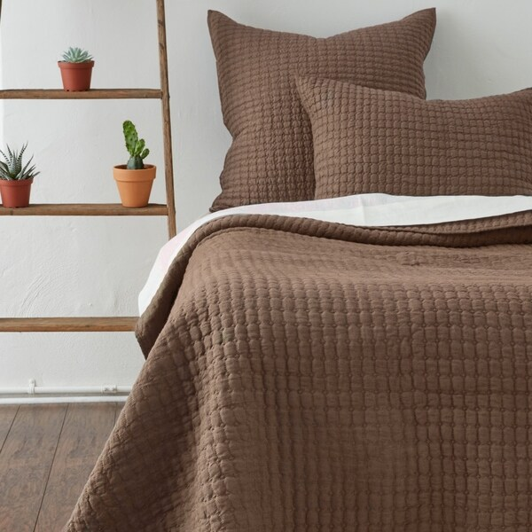 Karina Charcoal Brown Quilt