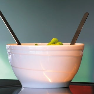 "Essentials Hotel Salad Bowl, 8.75"", 2.5 Qt"