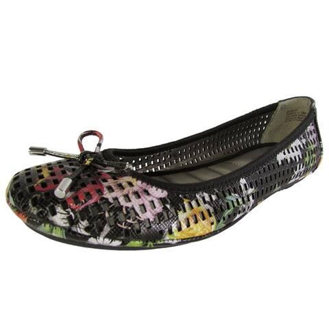 Me Too Womens Farrah Ballet Flat Shoes Black Flower Leather