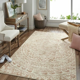 "Mohawk Home Relic Anila Distressed Neutral Area Rug (7'6 x 10') - 7' 6""x 10'"