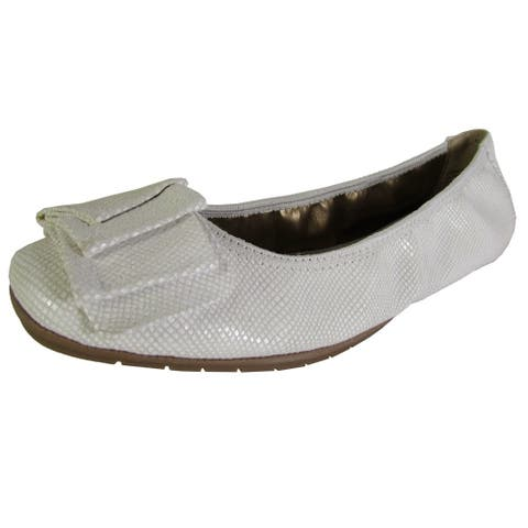 Me Too Womens Lilyana Leather Ballet Flat Shoes, White Snake