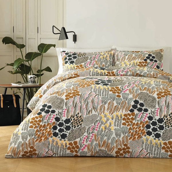 Marimekko Pieni Letto Modern Natural Cotton Comforter Set. Opens flyout.