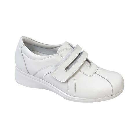 24 HOUR COMFORT Bonnie Women Adjustable Extra Wide Width Walking Shoe