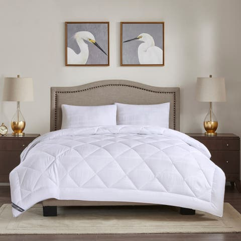 Madison Park 525 Thread Count White All Season Cotton Rich Down Alternative Comforter
