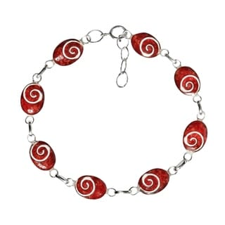 Charming Swirl Synthetic Coral Oval Disc .925 Sterling Silver Bracelet (Thailand)