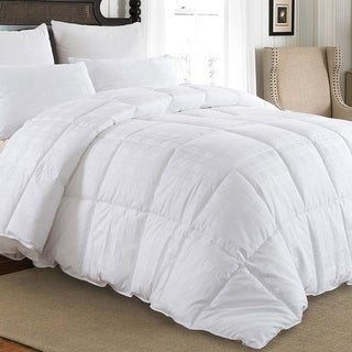 Downluxe Hypoallergenic 600 Thread Count 100% Cotton Shell Down Proof 650 Fill Power All Seasons Baffle Box White Down Comforter (3 options available)