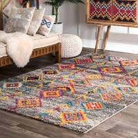 nuLoom Contemporary Grey Electric Aztec Diamonds Glam Shag Area Rug (9' x 12')