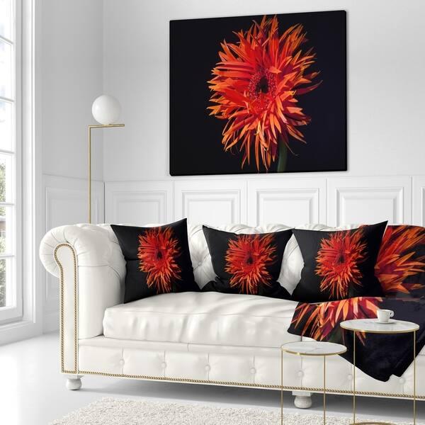 Designart Spider Gerbera Daisy Watercolor Flowers Throw Blanketwork Overstock 22354405