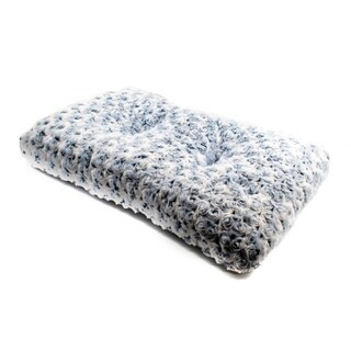 ALEKO Ultra-Soft Shaggy Cushioned Pet Bed Mat 23 x 13 Inches Gray
