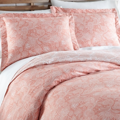 Vilano Plush All Seasons Perfect Paisley Down Alternative 3-piece Comforter