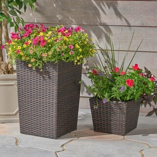 Suffolk Wicker Planters (Set of 2) by Christopher Knight Home