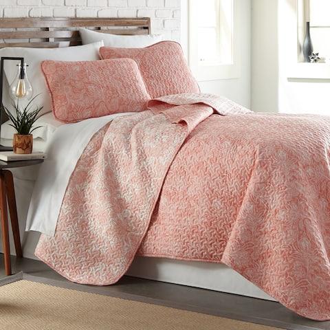Vilano Ultra-Soft Lightweight Perfect Paisley 3-piece Quilt and Sham Set