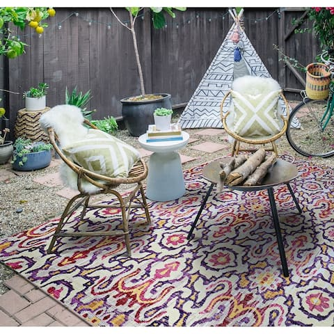 "Paradise Neiva Violet Indoor/Outdoor Area Rug - 7'6"" x 10'9"""