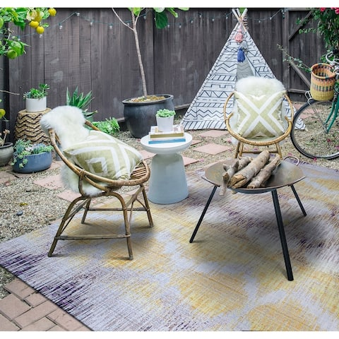 "Paradise Pereira Indoor/Outdoor Area Rug - 3'11"" x 5'6"""