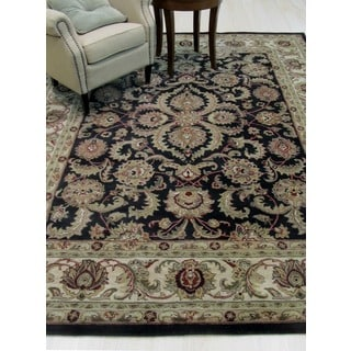 Hand-tufted Wool Black Traditional  Persian Rug (7'9 x 9'9)