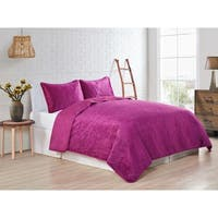 VCNY Home Solid Velvet Quilt Set