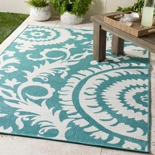 "Scilla Transitional Floral Indoor/ Outdoor Area Rug - 5'3"" x 7'6"""