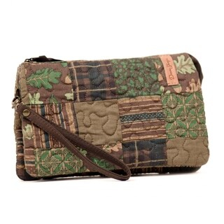 Donna Sharp Organizer Wristlet, Hazel Patch