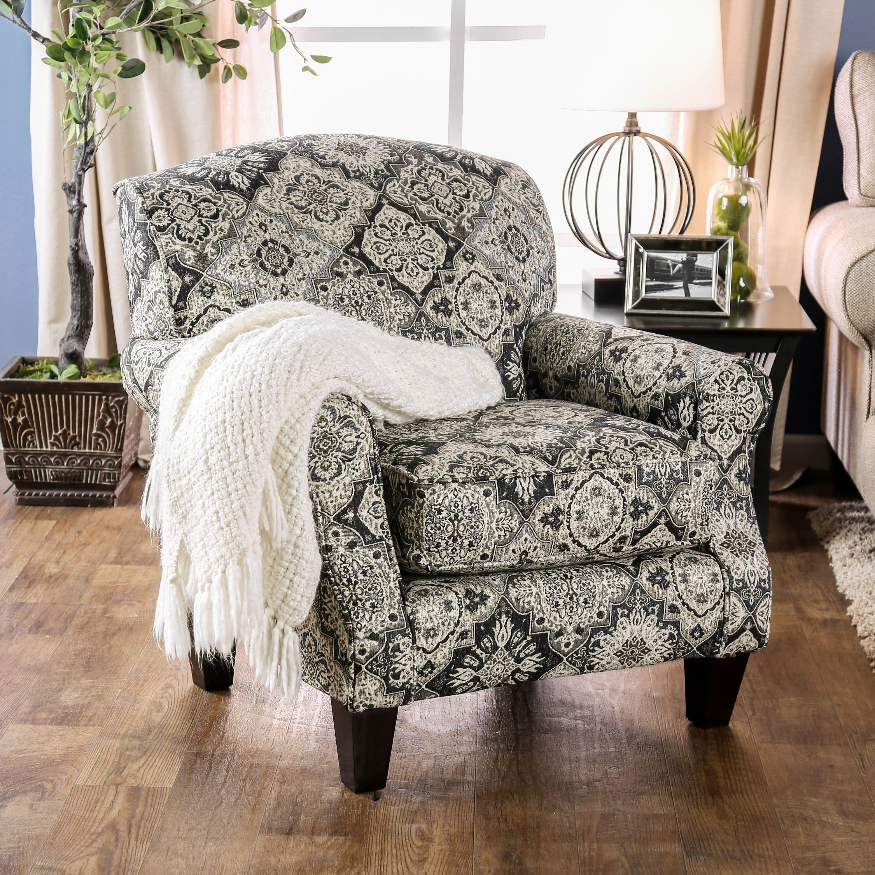 Moro Transitional White Stain Resistant Floral Accent Chair by FOA (Floral)