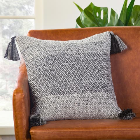 Somerset Geometric Gray/ White Poly Throw Pillow 18 inch