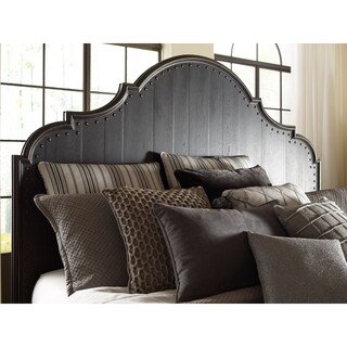 Bishop Hills Traditional Queen Panel Bed Curved Headboard