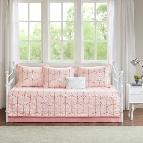 Intelligent Design Khloe Blush Raina Metallic Print 6 Piece Daybed Set
