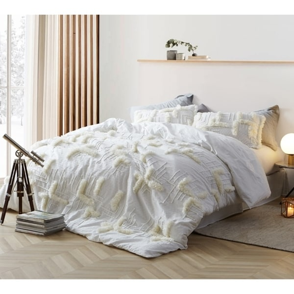 BYB Southern Alps Textured Oversized Comforter
