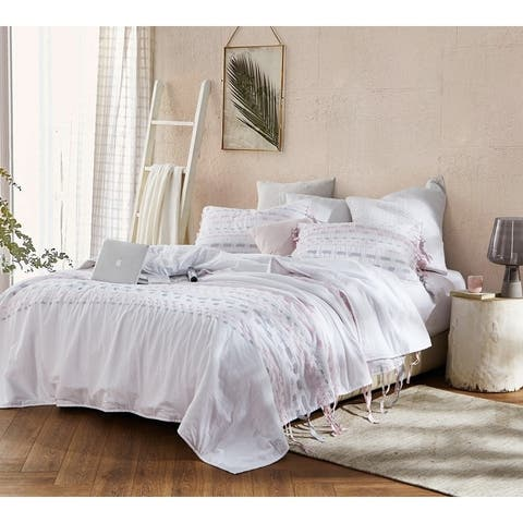 BYB Threads Textured Oversized Comforter - Gray/Pink