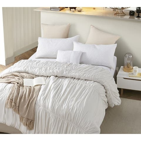 BYB Jet Stream Waves - Handcrafted Series - Oversized Comforter