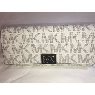 Michael Kors Mindy Carryall PVC Flap Wallet Clutch