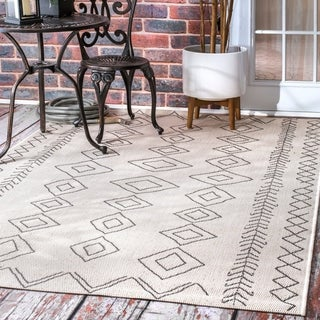 "nuLOOM Ivory Indoor/Outdoor Moroccan Inspired Diamonds Square Area Rug - 7'6"" x 7'6"""