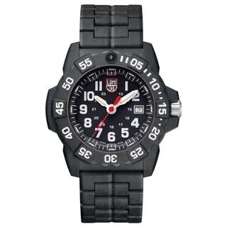 Luminox Men's Navy SEAL Trident Black Carbon Bracelet Watch