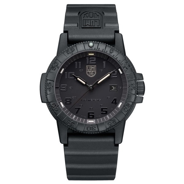 Luminox Men's 0321.BO Sea Turtle Black-out Rubber Bracelet Watch