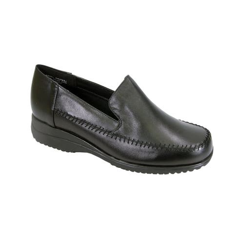 24 HOUR COMFORT Cayla Women Extra Wide Width Classic Loafer Shoes