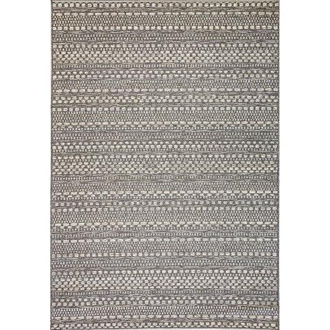 Solar Light Grey Indoor/Outdoor Area Rug - 6'7 x 9'6