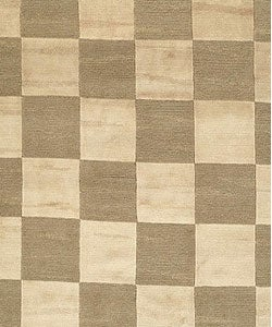 Safavieh Hand-knotted Tibetan Checkers Green/ Beige Tibetan Wool Rug (6' x 9') - Thumbnail 1