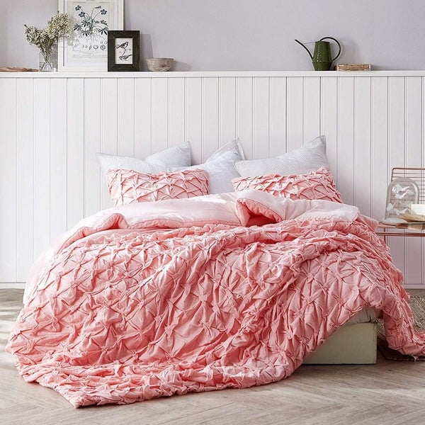 Layered Pleats Comforter - Strawberry Quartz
