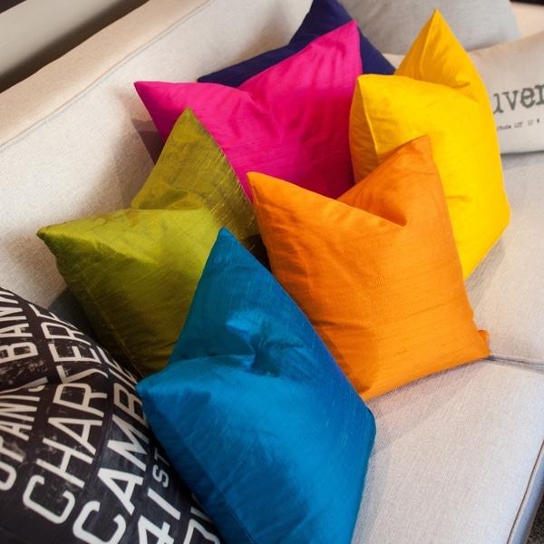 Pillow Décor - Sankara Silk Throw Pillows 18x18