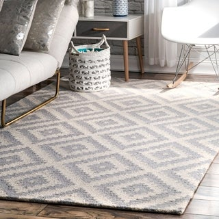 nuLOOM Light Grey Handmade Abstract Wool Fancy Pixel Trellis Area Rug - 5' x 8'
