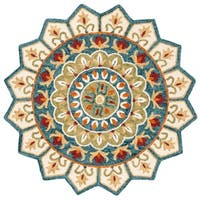 Safavieh Handmade Novelty Novelty Ivory / Blue Wool Rug - 5' x 5' round